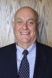 Headshot of Dr. Larry Massie